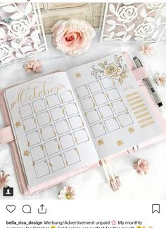 This is such an amazing idea for the bullet journal! Every year I get more organized and I love it! Can't wait to try this idea in my own planner! Bullet Journal Monthly Spread, Bullet Journal Notebook, Bullet Journal Ideas Pages, Bullet Journal Inspiration, Printable Calendar Template, Creative Journal, Making Ideas, Calendar Ideas, Monthly Planner