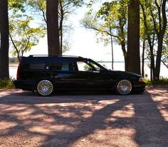 Jack's V70 is looking good on some bodacious WCI wheels.