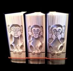 Trilogie 3 singes sages de coupe et livre de pli pliage Patterns Cut And Fold Books, Evil Smile, Three Wise Monkeys, Wise One, See No Evil, Book Folding Patterns, Ruby Wedding, Fish Design, Just Do It