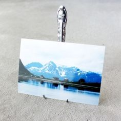How to make a photo holder out of a fork.