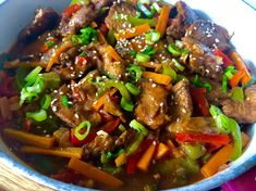 Kurczak po seczuańsku - Blog z apetytem Thai Basil Beef, Spicy Thai Noodles, Asian, Wok, Food Inspiration, Chicken Recipes, Good Food, Food And Drink, Tasty