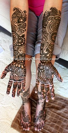 i'm not indian but i'd love some henna for my wedding. this tradition is absolutely beautiful. full_bridal_henna_indian_wedding