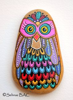 Hand Painted Stone Owl by ISassiDellAdriatico on Etsy, €25.00