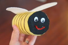 Toddler Approved!: Bumble Bee Craft for Kids