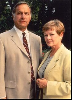 """""""As Time Goes By"""" Judi Dench as """"Jean Pargetter"""" and Geoffrey Palmer as """"Lionel Hardcastle"""" British Tv Comedies, British Comedy, British Actors, Masterpiece Theater, Bbc Drama, Judi Dench, Bbc Tv, Comedy Tv, Television Program"""