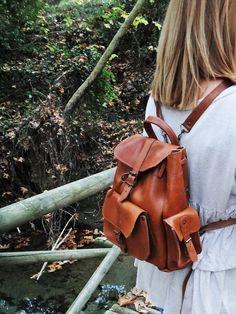 Brown Tan Leather Small Rucksack/3 pocket von Twininas auf Etsy