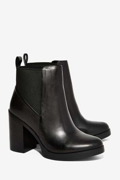 Steve Madden Nana Leather Boot - Shoes//