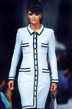 Helena Christensen - CHANEL Haute Couture Fall/Winter 1995