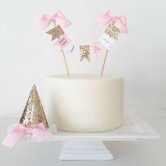 Cake Smash Photo Prop Set Cake Banner Birthday Hat - Gold Pink White by… Pink Gold Birthday, Gold Birthday Party, Birthday Cake Girls, Baby Birthday, 1st Birthday Parties, Birthday Photos, Birthday Ideas, Cake Bunting, Cake Banner