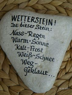 Stein Wetterstation Stein Wetterstation Stein Wetterstation The post Stein Wetterstation appeared first on Geschenke ideen. The post Stein Wetterstation appeared first on Garten ideen. Pots, Diy Crafts To Do, Decoration Table, Pebble Art, Stone Art, Stone Painting, Painted Rocks, Blog, Free Recipes