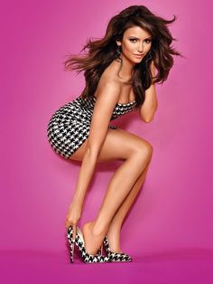 Nina Dobrev Nude And Perfectly Sexy Photos) Beautiful Legs, Gorgeous Women, Tight Dresses, Sexy Dresses, Looks Pinterest, Pernas Sexy, Actrices Sexy, Sexy Women, Vestidos Sexy