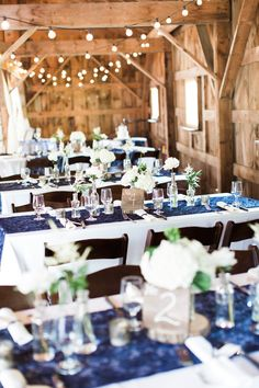 Long tables with small simple vases