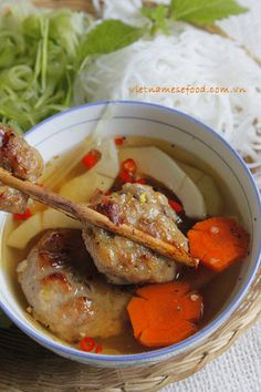 Grilled Pork Balls with Vermicelli Recipe (Bún Chả Nướng) from http://www.vietnamesefood.com.vn/vietnamese-recipes/vietnamese-noodle-recipes/grilled-pork-balls-with-vermicelli-recipe-bun-cha-nuong.html