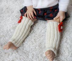 Baby girl leggings hand knit leg warmers for by Melimebabybeeshop, $18.00