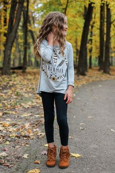 Kids Heather Gray Foil Graphic Lightweight Top – UOIOnline.com: Women's Clothing Boutique