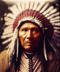 Native American Images, Native American Symbols, Native American History, Native American Indians, American Haunting, Native American Photography, Tribes Of The World, Indigenous Peoples Day, American Indian Tattoos