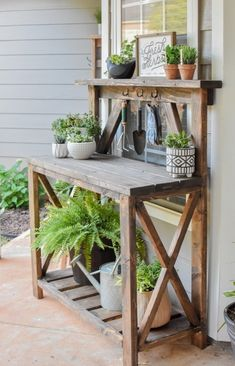 Outdoor Potting Bench, Potting Bench Plans, Potting Tables, Outdoor Plant Table, Garden Bench Plans, Outdoor Pots, Potting Sheds, Outdoor Projects, Garden Projects