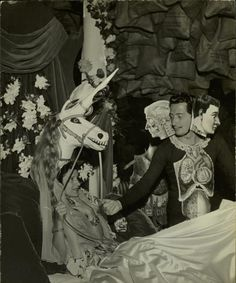 Dali'S Bad Dream Party * 1941 Photographer:Hansel Mieth