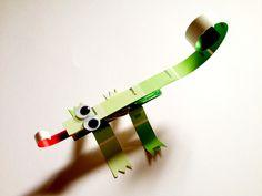 paint chips + clothes pins chameleon