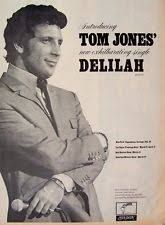 Resultado de imagen para tom jones 1968 Tom Jones Singer, Sir Tom Jones, Pop Singers, Popular Music, Music Love, Forever Young, Rock N Roll, Musicals, Ears