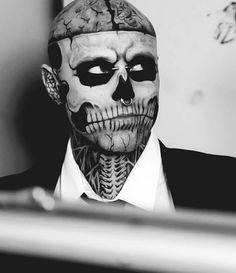 ♥  I fucking love this man!!!