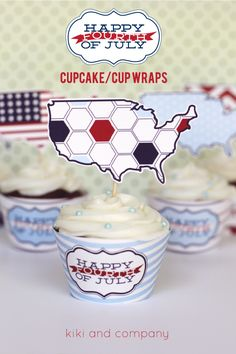 Free Fourth of July Cupcake/Dessert Printables {free printable} #fabfreebies #free #julyfourth