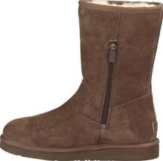 ugg pierce boots