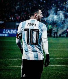 Lio Messi Argentina Football Team, Messi Argentina, Messi Fans, Messi And Neymar, Good Soccer Players, Football Players, Argentina National Team, Leonel Messi, Uefa Champions