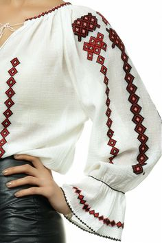 Ie Traditionala Romaneasca Maneca Lunga Motivul ROMB NEGRU Country Attire, Folk Costume, Peasant Blouse, Diy Clothes, Bell Sleeve Top, Embroidery, Knitting, How To Wear, Fashion Design