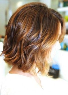 bob haircut for fine hair that will inspire you to change your appearance to be more feminine. Let us examine the best short bob hairstyles for fine hair. Bob Haircut For Fine Hair, Bob Hairstyles For Fine Hair, Medium Bob Hairstyles, Short Hairstyles For Women, Bob Haircuts, Layered Hairstyles, Haircut Bob, Hairstyles 2016, Beautiful Hairstyles