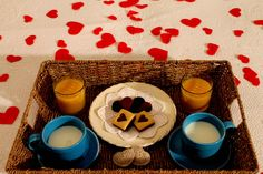 Spend Valentine's Day in a beautiful location, warm, romantic, authentic. Accommodation for one or more nights for two persons, breakfast in your room, plus a nice gift for only € 60. Offer valid from 14/02 to 17/02