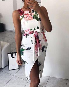 Floral Print Tie Waist Wrap Split Dress Shop- Women's Best Online Shopping - Offering Huge Discounts on Dresses, Lingerie , Jumpsuits , Swimwear, Tops and More. Side Slit Dress, Vestido Casual, Ruffle Dress, Pattern Fashion, Ideias Fashion, Evening Dresses, Fashion Dresses, Maxi Dresses, Floral Dresses