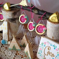 """""""Still obsessing over the desserts from last weeks boho teepee party dreamcatcher Oreos, teepee Rice Krispies, cake pop gold arrows by @opopsbyangie…"""""""