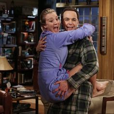 Kaley Cuoco & Jim Parsons, The Big Bang Theory Big Bang Theory Show, Big Bang Theory Funny, The Big Theory, John Ross Bowie, Geeks, Penny And Sheldon, Sheldon Leonard, Leonard Hofstadter, Johnny Galecki
