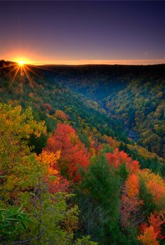 mountains of wv | Pendleton Point Overlook-sunrise.    /Such a beautiful picture, I love West Virginia EL./