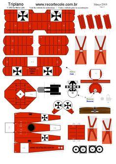 Maqueta avión Paper Airplane Models, Model Airplanes, Paper Planes, Village Miniature, Fokker Dr1, Free Paper Models, Paper Aircraft, 3d Prints, Paper Folding
