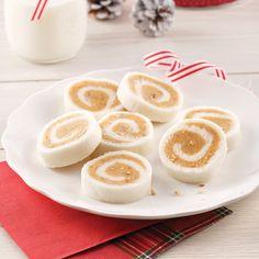 Bonbons aux patates au caramel et pacanes - 5 ingredients 15 minutes Fudge, Biscuits Graham, Creme Caramel, Christmas Desserts, Panna Cotta, Food And Drink, Cooking Recipes, Pudding, Sweets