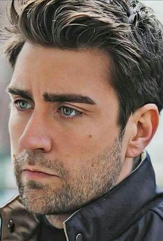 Turkish Men, Turkish Actors, Hot Actors, Actors & Actresses, Best Boss, Boy Hairstyles, Best Actor, My Boyfriend, Cute Boys