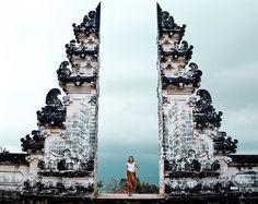 WEBSTA @its_mathilde Bali me manque tellement. J'ai adoré cette sensation de liberté sur l'île, la convivialité, la joie de vivre des gens, la nourriture, les paysages... tout. 💫 I miss Bali so much! . . . . Bali, Blog Voyage, Pisa, Trip Advisor, Attraction, Temple, Times Square, Louvre, Tower