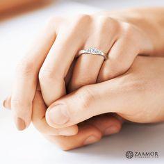 Impressive Dynamic Solitaire Ring  #Solitairerings  #Zaamordiamonds #Solitairediamondring