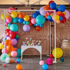 """@theoriginalpartybagcompany on Instagram: """"No ordinary #balloongarland NEW IN #onlythebest #partydecor from #aroundtheworld to make sure…"""""""