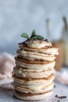 Vanilla Buckwheat Pancakes that are gluten, dairy and egg free, vegan AND fluffy! Gluten free, egg free and dairy free pancakes that are actually fluffy. These buckwheat pancakes are a delicious and healthy vegan alternative. Vegan Pancake Recipes, Gluten Free Recipes For Breakfast, Egg Free Recipes, Celiac Recipes, Yummy Vegan Recipes, Vegan Brunch Recipes, Pasta Recipes, Cookie Recipes, Diet Recipes