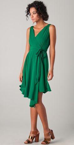Another great dress from BB Dakota Stunning Dresses, Beautiful Gowns, Cute Dresses, Summer Dresses, Green Fashion, Spring Fashion, Jade Green, Emerald Green, Dress Me Up