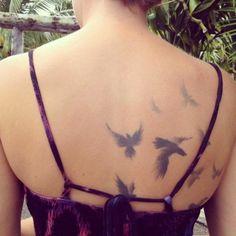 Stylsih Bird Feather Tattoo Designs imgcd89e5c0c68cdcee9