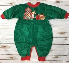 e2d1f3496d Vtg 80s Heart 039 s Designs Green Velour Christmas One Piece Romper Unisex  Baby 12M
