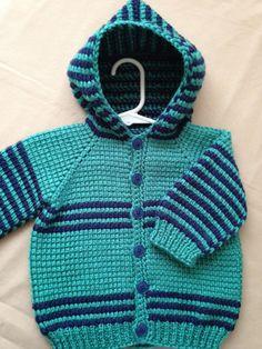 ForBabyCreations tarafından Hood Dark Blue ile Tığ Baby Boy Kazak
