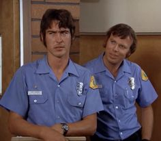 "Emergency! ""Daisy's Pick"" Johnny Gage (Randy Mantooth) and Roy Desoto (Kevin Tighe)"