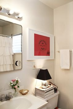 Artwork in the Bathroom | Apartment Therapy
