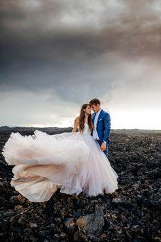 Idyllic Hawaii wedding shoot | Image by Karina and Maks