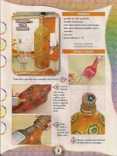 Pintura em garrafas. Garrafa com espirais.